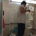 Lắp phòng tắm kính cường lực