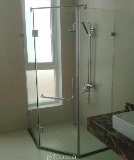 Hình ảnh vách kính phòng tắm
