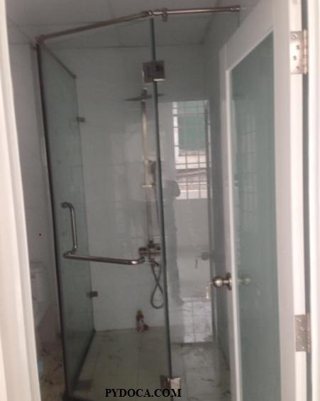 Phòng tắm kính đã hoàn thành