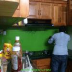 Kính màu cường lực ốp bếp