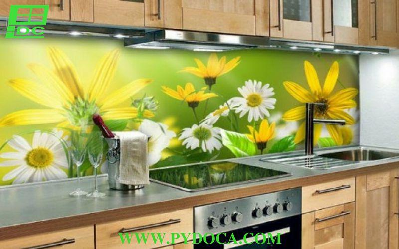 Kính hoa văn ốp bếp