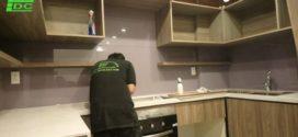 Kính MÀU cường lực ốp bếp lắp tại chung cư Kingston