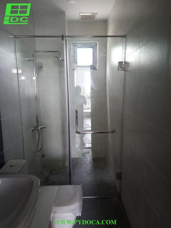 Vách tắm kính 2 hoàn thiện